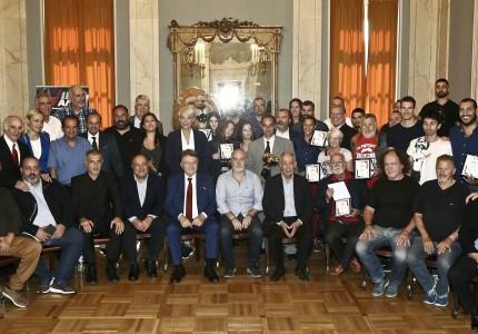 Το ΙΕΚ ΑΛΦΑ τίμησε τον Ερασιτέχνη Θρύλο (pics)
