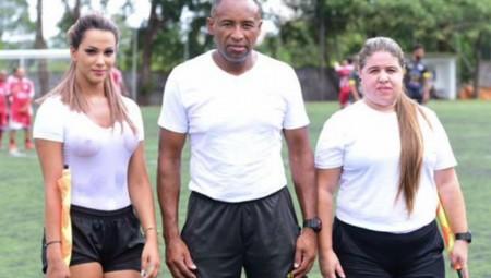 H Denise Bueno είναι η πιο «HOT» βοηθός διαιτητή
