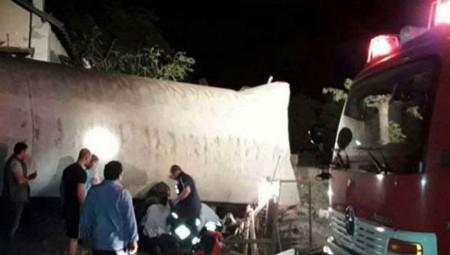 Τραγωδία στο Άδενδρο: Tέσσερις νεκροί από τον εκτροχιασμό αμαξοστοιχίας
