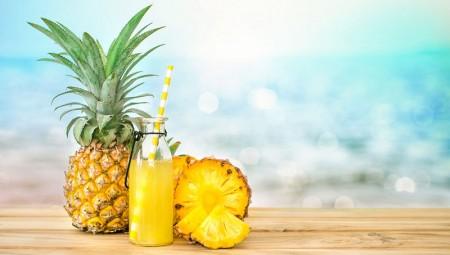 Χυμός ανανά: Τα πέντε κυριότερα οφέλη του για την υγεία