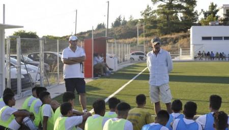 Στο γήπεδο του Α.Σ Χάλκης ο Καραταΐδης
