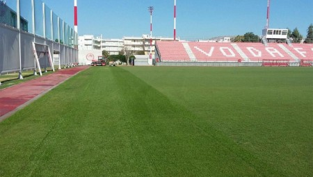 «Χαλί» το γήπεδο (pic)