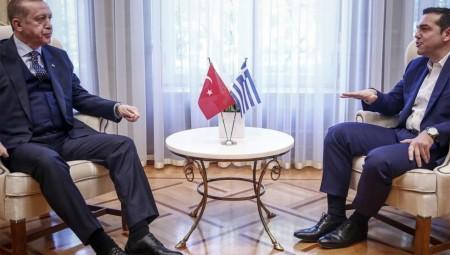 Επίσκεψη Ερντογάν Live: Πιο ήπιοι τόνοι από τον Αλέξη Τσίπρα μπροστά στον Ερντογάν