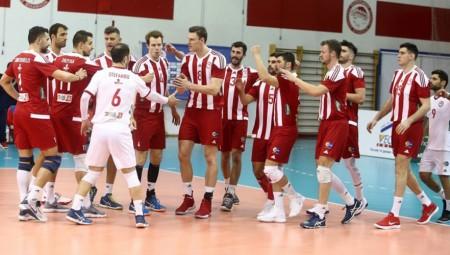 «Πρώτα η νίκη με Εθνικό και μετά Λοκομοτίβ»
