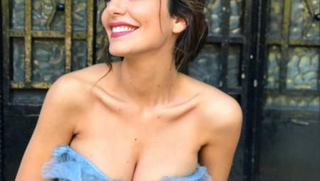 Η Νικολέττα Ράλλη συνεχίζει να εντυπωσιάζει στο Instagram