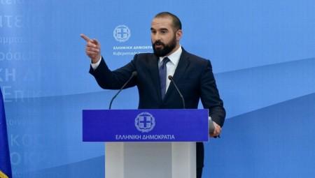 Κυβέρνηση σε σύγχυση: Και ψυχραιμία και εγρήγορση στα ελληνοτουρκικά