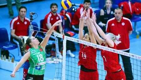 Αντίπαλος στον τελικό η Μπούρσα
