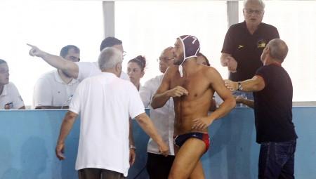 Μα τόσο σας... πονάει ο Ολυμπιακός!