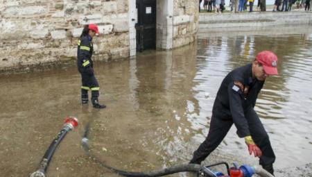 Θεσσαλονίκη: Πνίγηκε στο νερό και ζει το μαρτύριο της σταγόνας