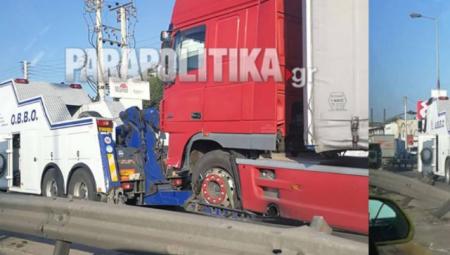 Τραγωδία στον Κηφισό: Δύο νεκροί σε σύγκρουση νταλίκας με αυτοκίνητα