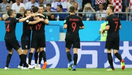 Με το απόλυτο στους «16» η Κροατία! (vid)