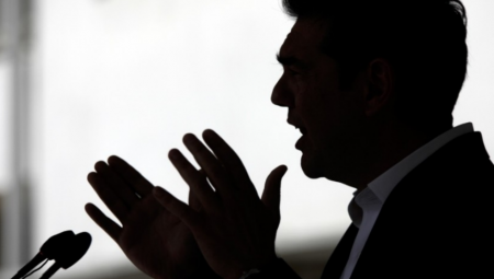 Τα «3» ψέματα του Αλέξη Τσίπρα για τη συμφωνία με τα Σκόπια