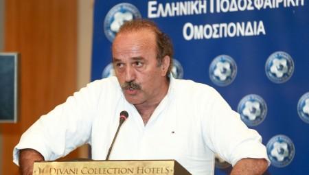 Οι προσλήψεις έγιναν ανέκδοτο για ΕΠΟ και ΣΥΡΙΖΑ