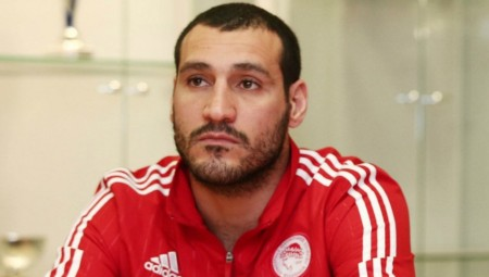«Ευχαριστώ τον Ολυμπιακό και τον Κουντούρη για την εμπιστοσύνη»