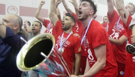 «Κόκκινη» έκπληξη στην Αλεξανδρούπολη! (pic)