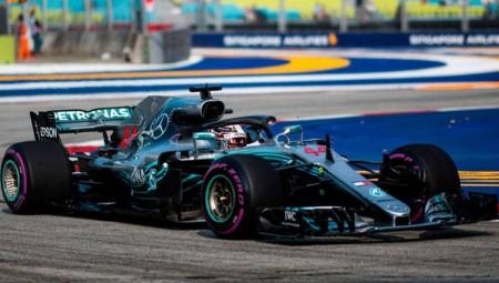 Ένα-δύο της Mercedes στο FP2