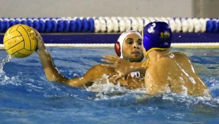 «Παράδοξο να μην έχουμε κολυμβητήριο»