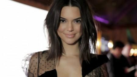 Kendall Jenner: «Tρελαίνει» το Instagram