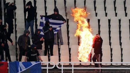 Ξεκινά έρευνα η UEFA!