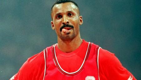 «Ο Πιτίνο θα χάνει από τον Ολυμπιακό»