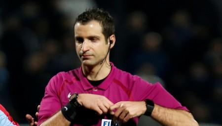 «Βρέχει» απαξίωση και ξεφτίλα για τους Ελληνες διαιτητές
