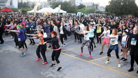 Ρεκόρ συμμετοχών στο Piraeus Night Run/Walk 2019! (vid)