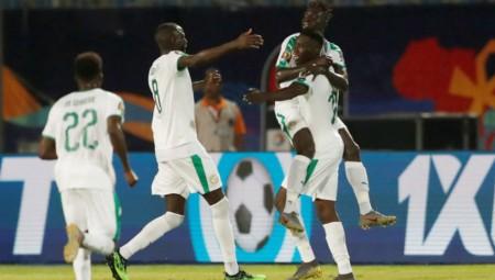 Εύκολη νίκη για τη Σενεγάλη του Σισέ...