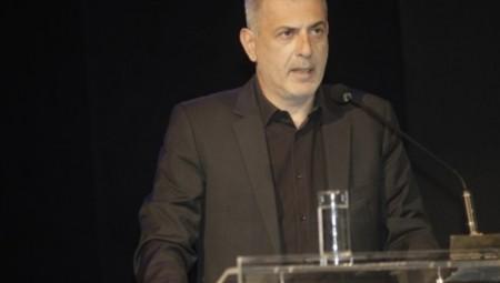 Μώραλης: «Χρέος του δήμου Πειραιά να τιμήσει τον Μάνο Κατράκη»