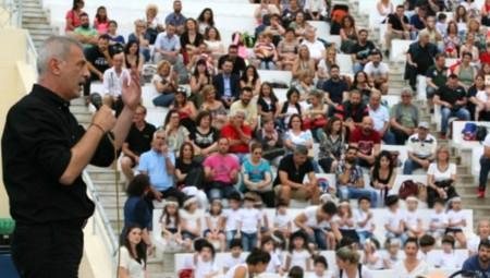 Μώραλης: «Θα συνεχίσουμε να προσφέρουμε στα παιδιά της πόλης μας»