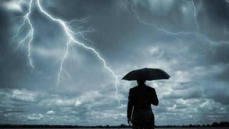 Ισχυρές βροχές και καταιγίδες μέχρι την Τετάρτη από την κακοκαιρία «Αντίνοος»