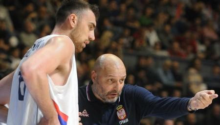 «Το μέλλον της Σερβίας οι Μίτσιτς, Μιλουτίνοφ, Γιόκιτς»