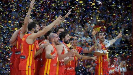 Παγκόσμια Πρωταθλήτρια η Ισπανία (pics, vids)
