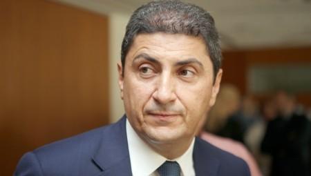 Αυγενάκης: «Ξεκινάμε με μεμονωμένη παρουσία φιλάθλων, σ' όλους τους αγώνες»