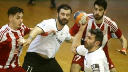 Εκτός ο Τσεσμετζίδης, παίζεται του Κοκώνη για Ολυμπιακό...