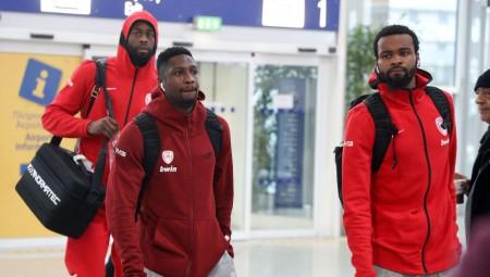«Κλικ» από την αναχώρηση του Ολυμπιακού για Μαδρίτη