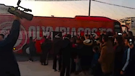 Και η Καλαμάτα είναι «ερυθρόλευκη»! (video)