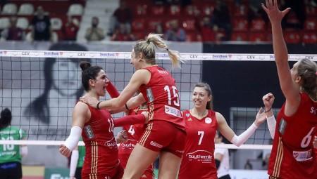Θρυλικά κορίτσια και στην Ουγγαρία!