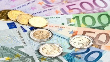 Κορονοϊός: Οδηγός για το επίδομα των 800 ευρώ, τους μισθούς, τα ενοίκια