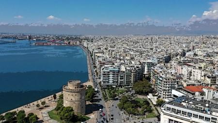 «Σκουπιδότοπος» το λιμάνι της Θεσσαλονίκης… (photos)