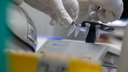 Κορονοϊός: Στεροειδές φάρμακο μειώνει δραστικά τους θανάτους!