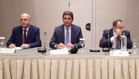 Αυγενάκης: «Υπέρογκο το ποσό που ζήτησε η ΕΠΟ»