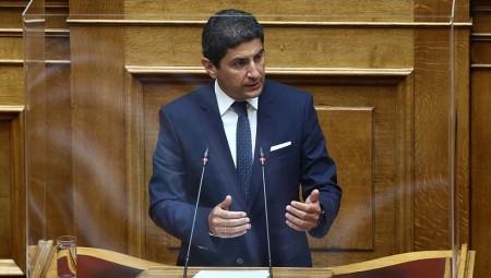 Αυγενάκης: «Έχω δεχθεί πιέσεις, στα όρια του εκβιασμού»