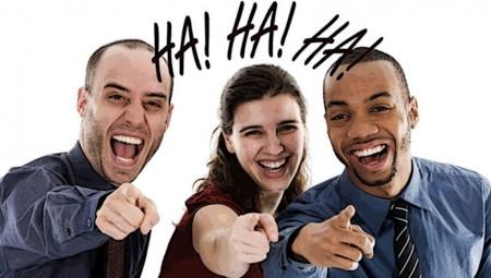 Σταματήστε να μας κάνετε να γελάμε…