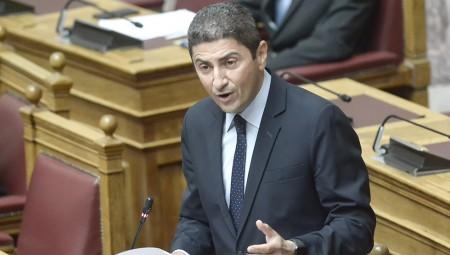 Αυγενάκης: «Αδιανόητη η απόφαση της ΕΠΟ…»
