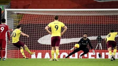 Ιστορική νίκη της Μπέρνλι στο «Anfield»! (video)