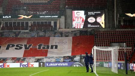 Στο γήπεδο ο Θρύλος και το καλωσόρισμα στα ελληνικά! (photos)