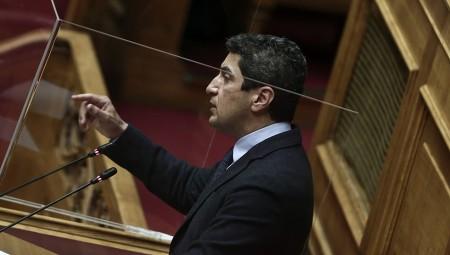 Αυγενάκης: «Αυστηροποιούμε το πλαίσιο»