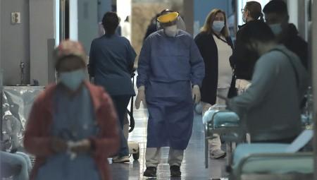 Κορονοϊός: 1.449 νέα κρούσματα και 54 θάνατοι - Στους 735 οι διασωληνωμένοι (video)