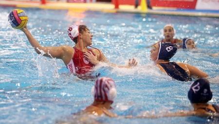 Ολυμπιακός-Πόλο Γυναικών: Καλό μήνα, στην πισίνα! (photo)