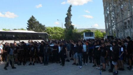 Οπαδοί του ΠΑΟΚ κατευθύνονται προς την Αθήνα, η Πολιτεία τι κάνει; (video)